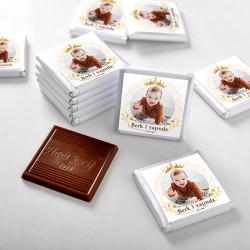 Hacı Şerif - 1 Yaş Fotoğraflı Erkek Bebek Çikolatası (72 Adet Madlen+Sunum Kutusu)