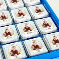 - 6 Ay Kınası Fotoğraflı Erkek Bebek Çikolatası (32 Adet Madlen+Sunum Kutusu)