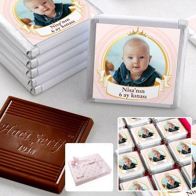 Hacı Şerif - 6 Ay Kınası Fotoğraflı Kız Bebek Çikolatası (48 Adet Madlen+Sunum Kutusu)