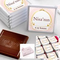 - 6 Ay Kınası İsme Özel Kız Bebek Çikolatası (48 Adet Madlen+Sunum Kutusu)