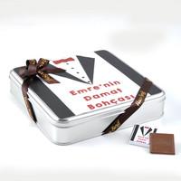 Damat Bohçası (32 Adet Madlen Çikolata) Metal Kutu (Model-2) - Thumbnail