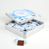 Hacı Şerif - Etiket Baskılı Metal Kutuda 70 Adet Erkek Bebek Çikolatası