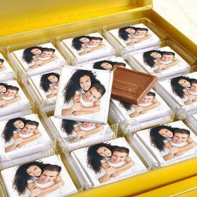 Fotoğraflı 32 Madlen Çikolata 220g Gold Kutu