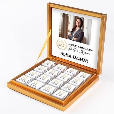 - Fotoğraflı 5 Nisan Avukatlar Gününe Özel 32 Madlen Çikolata (Gold Kutu) Avukata Hediye