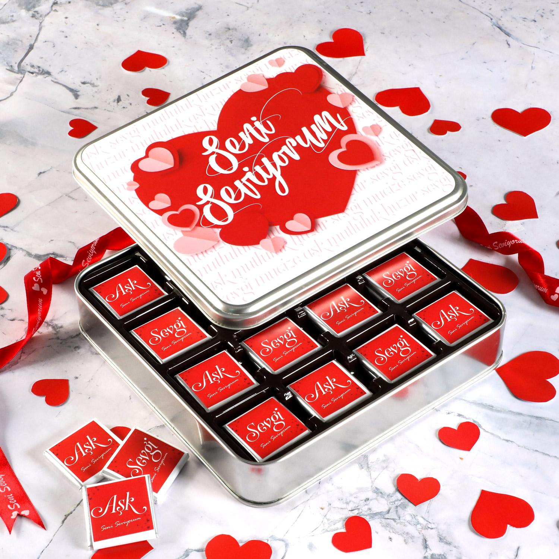 Hacı Şerif - Sevgililer Günü Hediyesi 32 Adet Madlen Çikolata (Metal Kutu) Model : 1