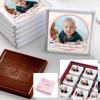- İlk Diş Fotoğraflı Kız Bebek Çikolatası (32 Adet Madlen+Sunum Kutusu)
