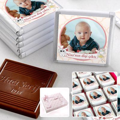 İlk Diş Fotoğraflı Kız Bebek Çikolatası (72 Adet Madlen+Sunum Kutusu)