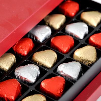 Yaldızlı Mini Kalp Çikolata (33 Adet)