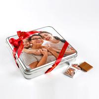 Kendi Fotoğrafınızla Anneye Hediye (32 Adet Madlen Çikolata) Metal Kutu - Thumbnail