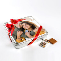 Kendi Fotoğrafınızla Arkadaşa Hediye (32 Adet Madlen Çikolata) Metal Kutu - Thumbnail