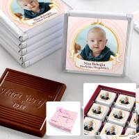 Hacı Şerif - Mevlid Fotoğraflı Kız Bebek Çikolatası (32 Adet Madlen+Sunum Kutusu)